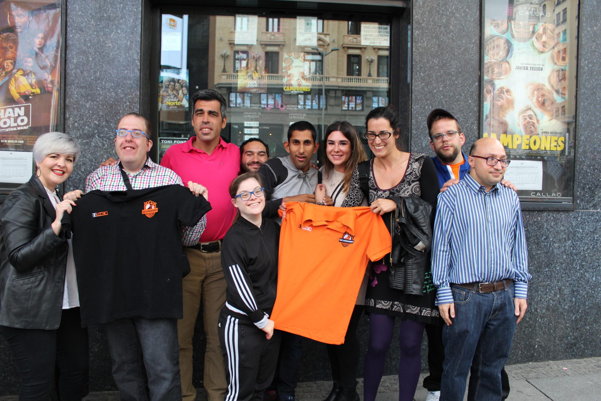 Grupo EM y Legabasket asisten al pase privado de la película Campeones